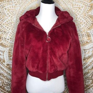Maroon Fur jacket❤️